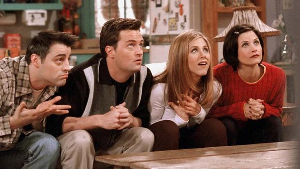 Фото №1 - Все шесть актеров «Друзей» собираются снова сняться вместе