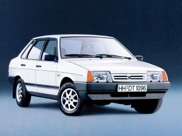 Фото №15 - Как назывались экспортные версии советских автомобилей