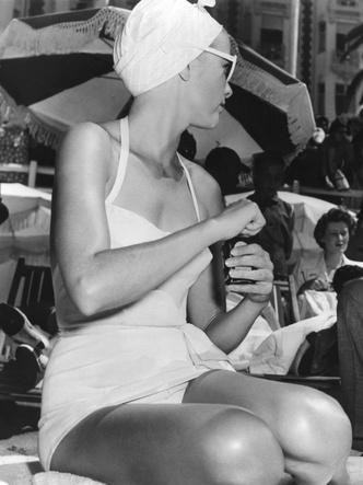 Фото №19 - Княгиня, актриса, дива: образы Грейс Келли, которые вошли в историю