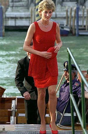 Фото №14 - Почему герцогиня Меган может позволить себе мини