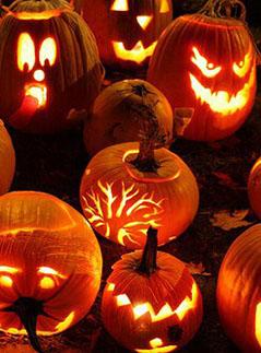 Фото №1 - Делаем подсвечник из тыквы на Хеллоуин