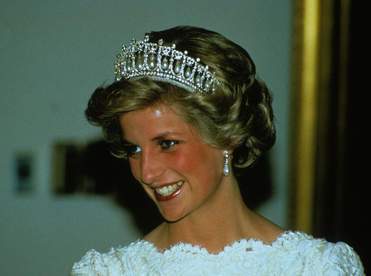 Фото №19 - Почему герцогиня Кембриджская так любит тиару «Узелки любви»