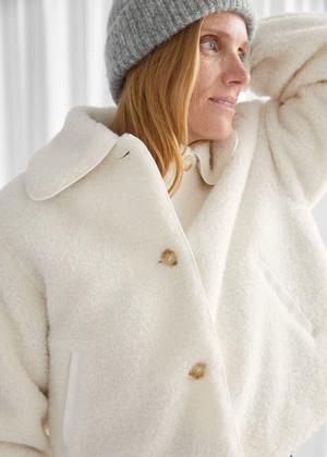 Фото №6 - 4 бренда, у которых можно найти плюшевые куртки, как на Лили Коллинз