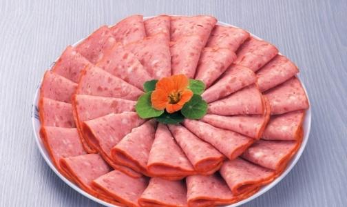 Фото №1 - Российские эксперты нашли в белорусской колбасе опасные микробы