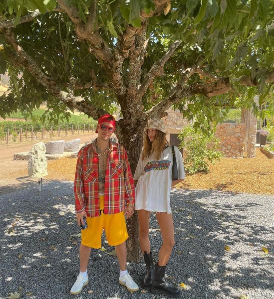 Фото №8 - Джастин и Хейли Бибер отправились в дорожное путешесвие. Смотрим фотки из мини-отпуска пары 😍