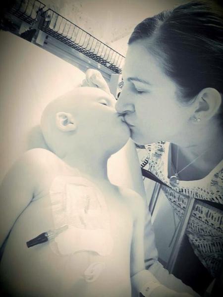 Фото №3 - До слез: умирающий малыш бился за жизнь ради мамы