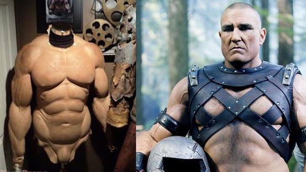 Фото №9 - 9 актеров, которые носили фальшивые мускулы на съемках