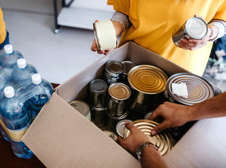 Фото №5 - Добрые дела: кому и как можно помочь перед Новым годом
