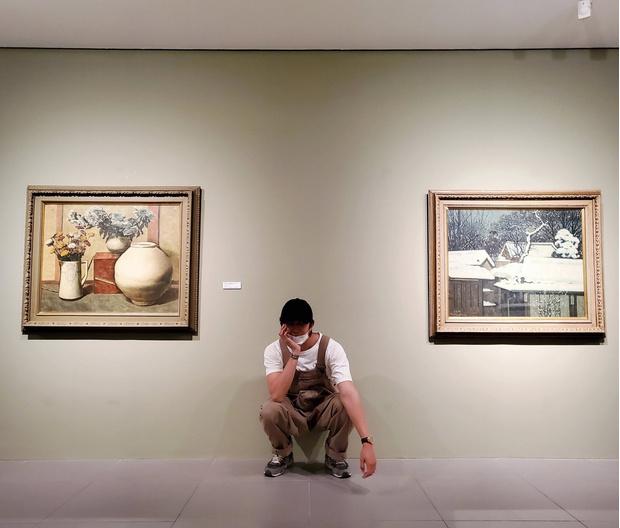 Фото №1 - RM из BTS был признан покровителем искусства!