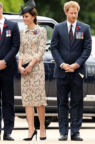 Фото №4 - Берем пример: принц Гарри решительно худеет к свадьбе