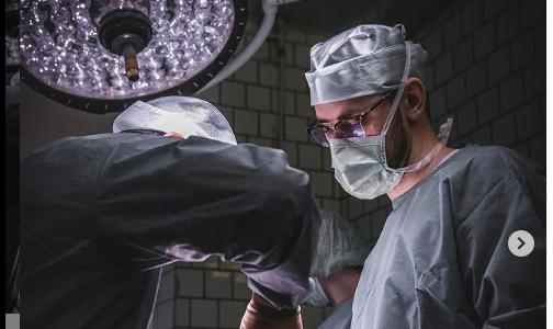 "Фото №1 - Петербурженке удалили редкую опухоль. Девушка жаловалась на ""шарик"" в животе"
