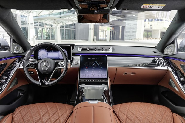 Фото №4 - Mercedes-Benz рассекретил новый S-класс: «шестисотый» XXI века