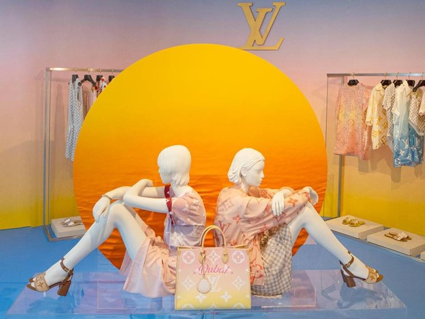 Фото №5 - А где Анапа? Louis Vuitton представил самую российскую сумку