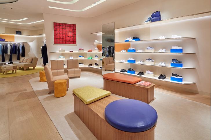Фото №7 - Флагман Louis Vuitton в Токио: проект Джуна Аоки и Питера Марино
