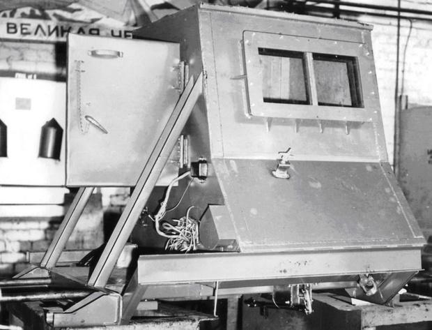 Защитная свинцовая капсула КрАЗ-256Б1-030 весила свыше трех тонн