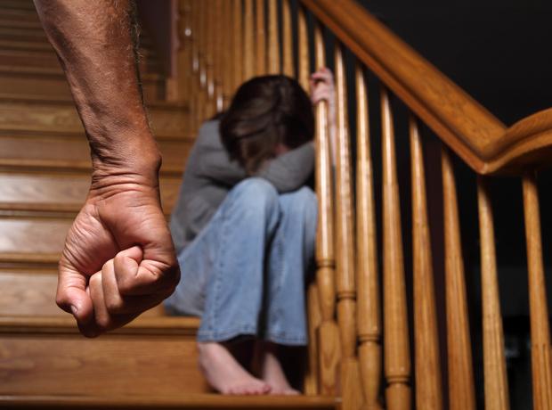 Фото №3 - Бьет— значит, любит: почему женщины разрешают мужчинам обижать своих детей
