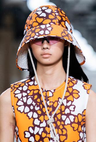 Фото №6 - Летние шляпы: 5 самых стильных моделей этого сезона