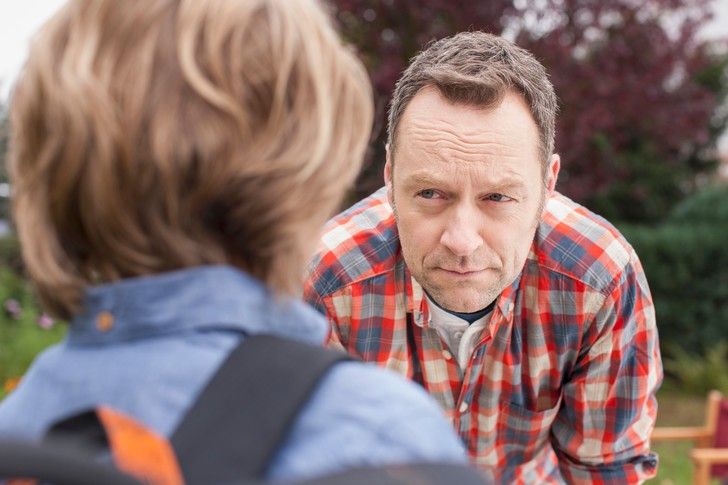 Фото №1 - 10 хитрых вопросов ребенку, чтобы он рассказал, как дела в школе