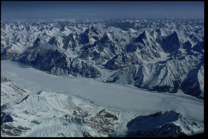 Фото №4 - Между нами тает лёд: 7 ледников, ради которых стоит отправиться на край света