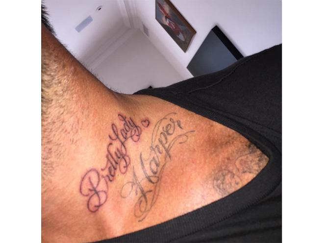Фото №3 - Дэвид Беккхэм сделал новую татуировку
