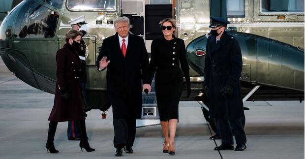 Фото №1 - Ухожу красиво: Мелания Трамп покидает Белый дом