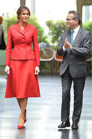 Фото №4 - Самые красивые и деятельные жены миллионеров
