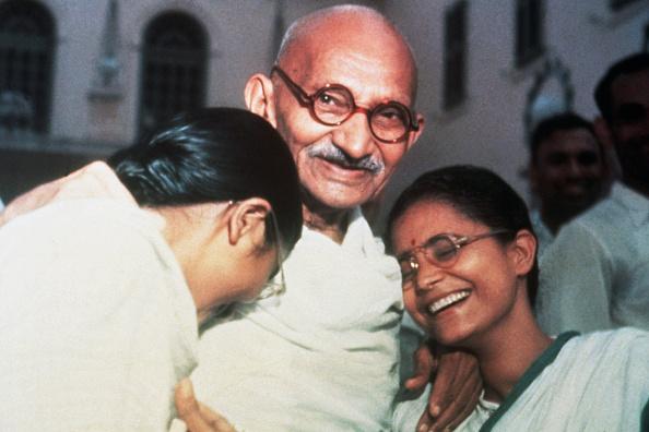 Фото №2 - 16 жизненных уроков, которым ты можешь научиться у Махатмы Ганди