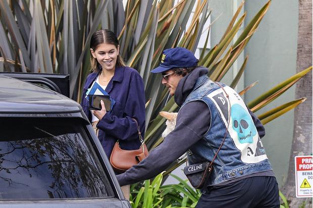 Фото №1 - Равноценный обмен: Кайя Гербер и Джейкоб Элорди носят вещи друг друга