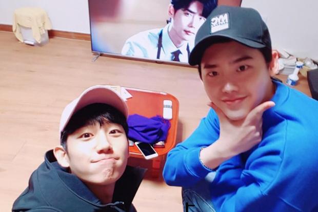 Фото №5 - 5 корейских дорам, которые стали началом прекрасной дружбы актеров