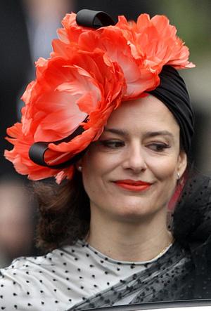 Фото №40 - 25 необычных шляп на королевских свадьбах