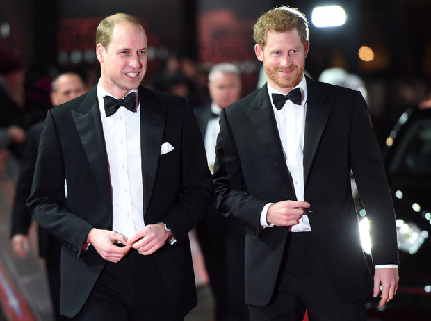 Фото №1 - Вражда окончена: речь принца Уильяма и его тайное послание Гарри