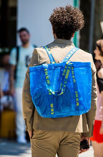 Фото №15 - С рынка на подиум: невероятные похождения сумки-тоут