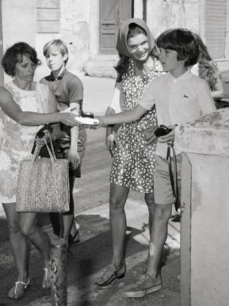 Фото №21 - Идеальный летний гардероб: 12 лайфхаков от Жаклин Кеннеди