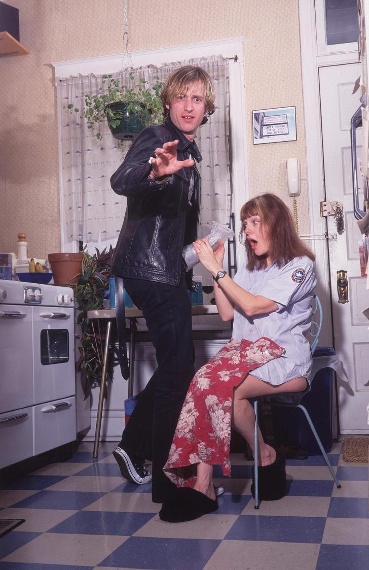 Фото №1 - История фанатки, которая делала странное с пенисами знаменитых рок-музыкантов