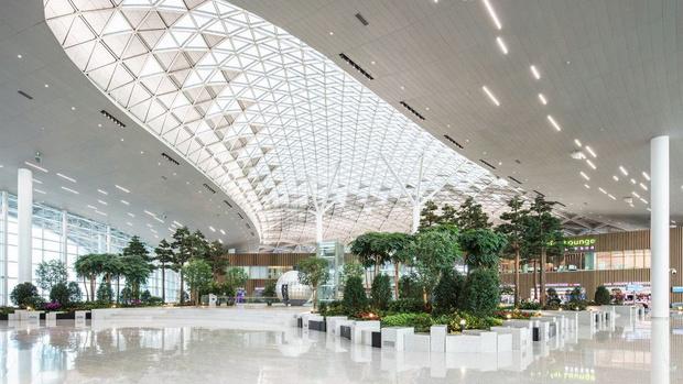 Фото №12 - 10 самых красивых аэропортов мира