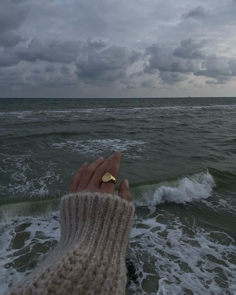 Фото №5 - Сохрани любимый свитер: лайфхаки по уходу за шерстяными вещами