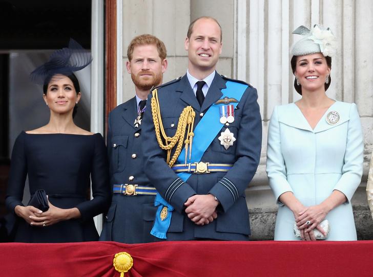 Фото №7 - Конец «Великолепной четверки»: зачем герцоги Кембриджские и Сассекские делят королевский двор
