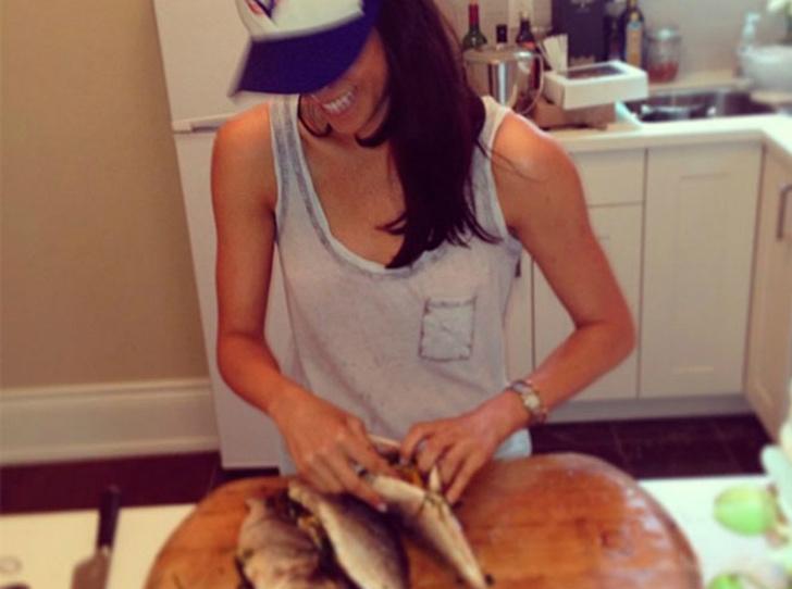 Фото №6 - Паста, фри и суши: каким был рацион Меган Маркл до встречи с Гарри
