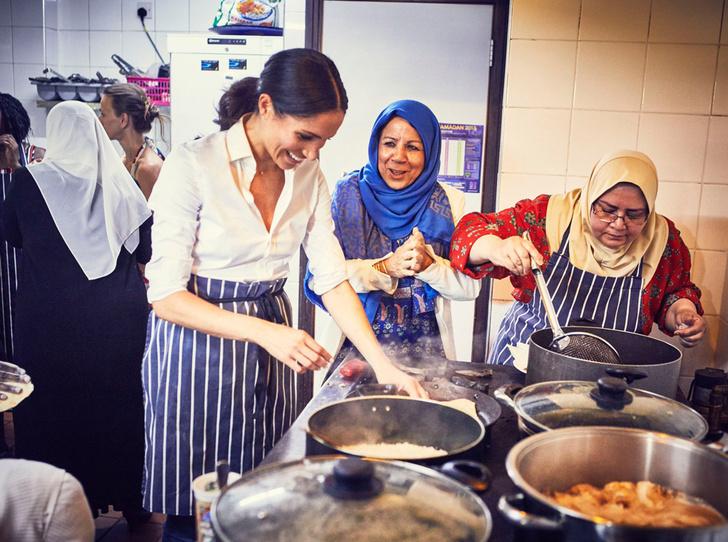 Фото №1 - Книга рецептов от Меган Маркл: для кого готовит обеды герцогиня Сассекская