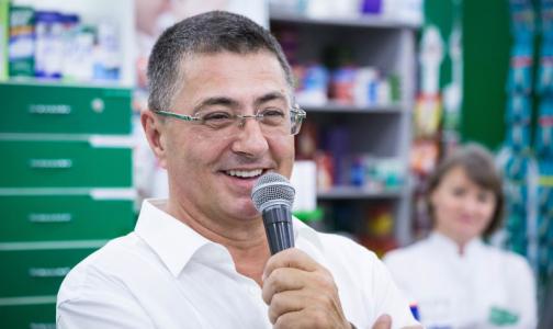Фото №1 - Доктор Мясников объяснил, почему не стоит паниковать из-за роста числа заболевших коронавирусом