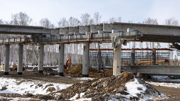 Фото №1 - Хуснуллин объяснил, почему в России настолько дорогой дорожный ремонт