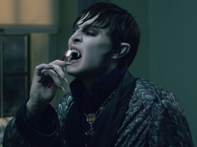 Фото №7 - 8 лучших фильмов про вампиров