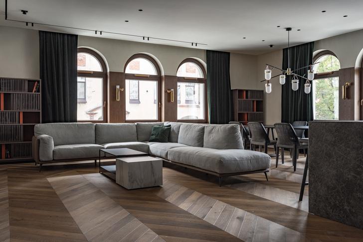Фото №1 - Петербургский классицизм в современном ключе: квартира 195 м²