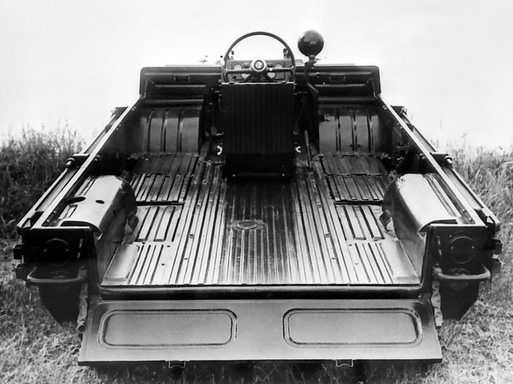 Фото №5 - Советский автомобиль для управления из положения лежа