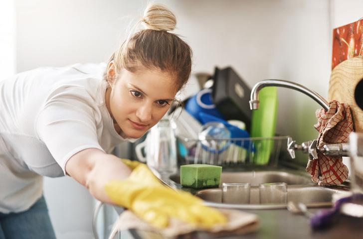 Фото №2 - Сколько калорий можно сжечь, занимаясь домашними делами