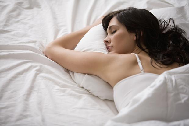 Фото №1 - Без усилий и затрат: назван способ, как похудеть во сне