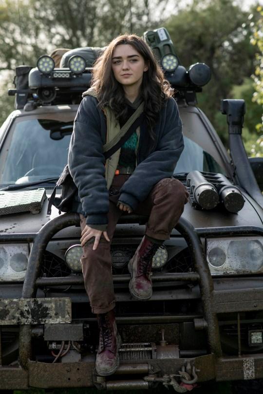 Фото №2 - Звезда «Игры престолов» Мейси Уильямс снялась в новом сериале «Две недели оставшейся жизни», и вот первый кадр из него