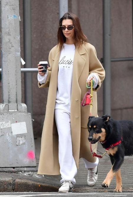 Эмили Ратажковски в Нью-Йорке