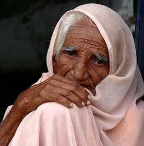 Фото №1 - Бабушка помолодела на 52 года