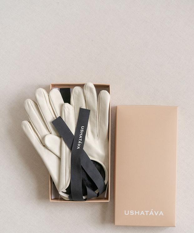 Фото №2 - White fall: кожаные перчатки Ushatava, которые понадобятся вам не только зимой